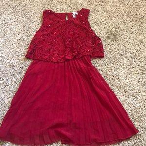 Ravishing red dress!